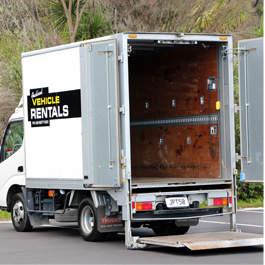 2 tonne furniture truck with tail lift for hire