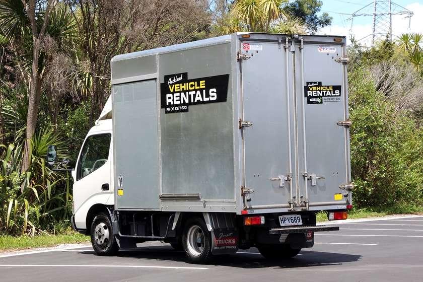 2 tonne truck rear